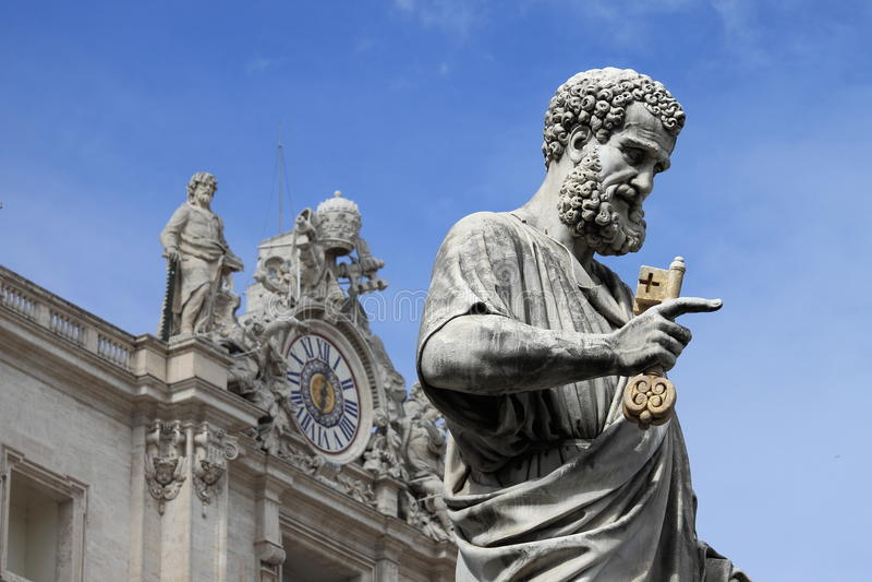 Statue de St Peter l'apôtre images libres de droits