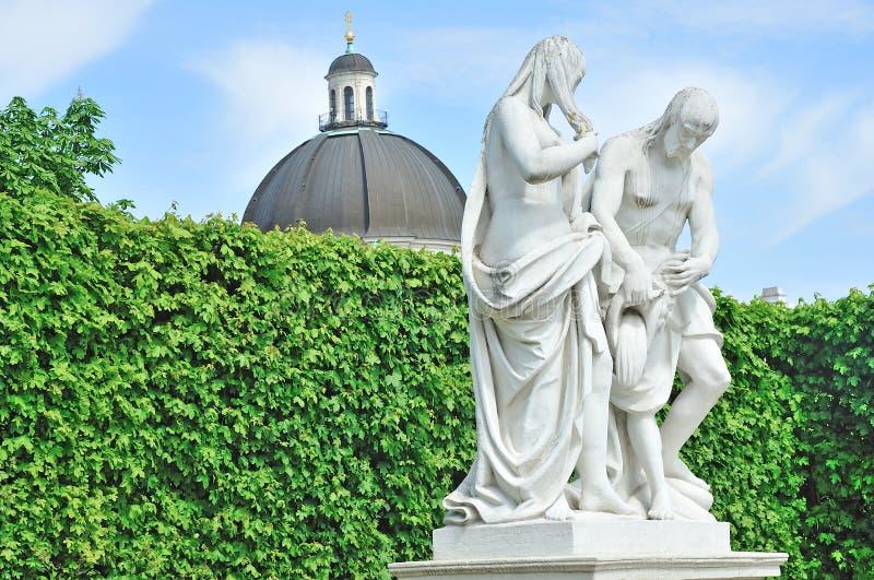 Statue de Vienne dans des jardins de belvédère photo libre de droits
