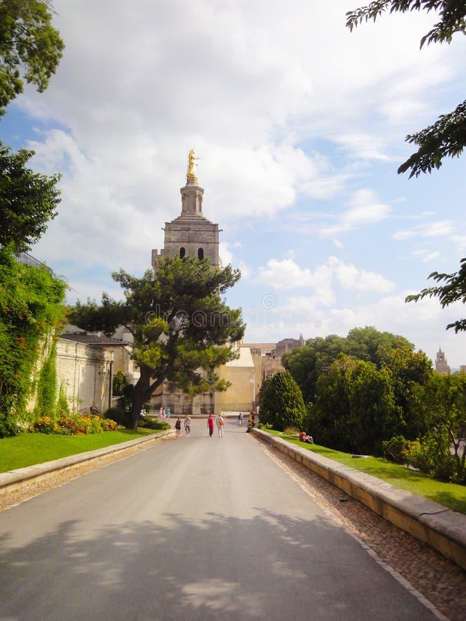 Statue de Vierge Marie, cathédrale d'Avignon image stock