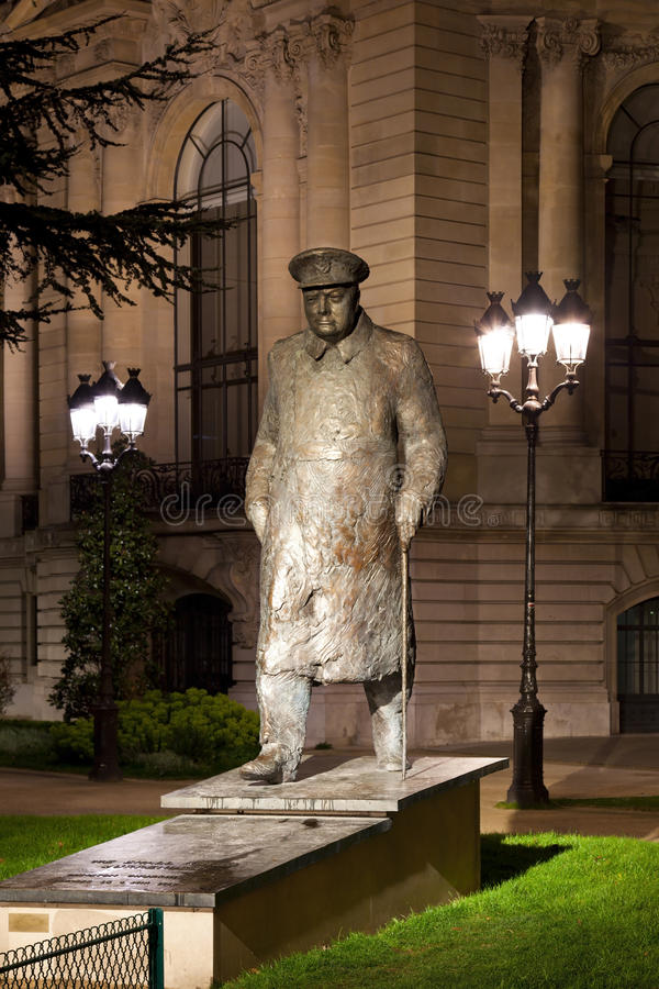 Statue de Winston Churchill à Paris. photos libres de droits