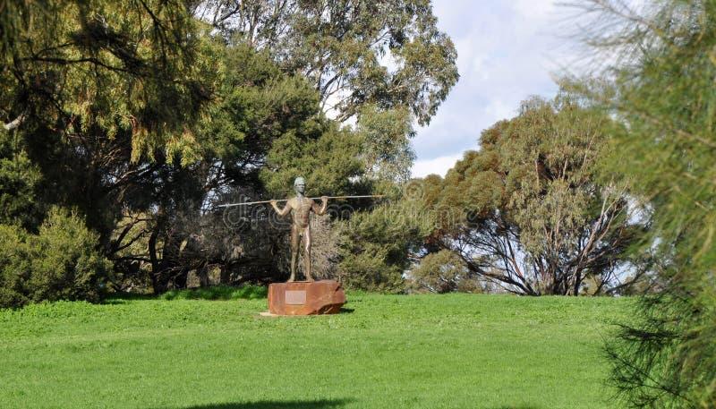 Statue de Yagan : Île de Heirisson, Perth photo stock