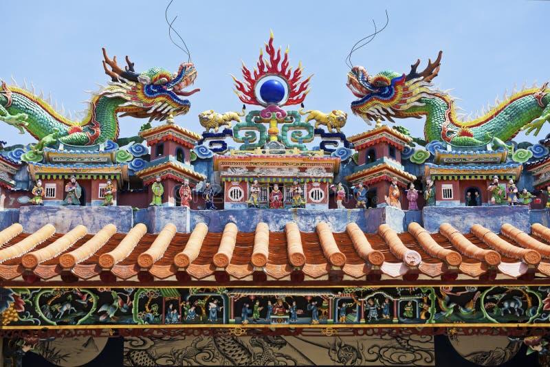 Statue del drago nello stile cinese immagine stock