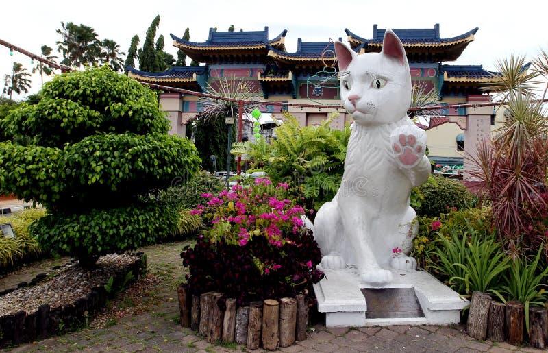 Statue del gatto di Kuching, Malesia fotografia stock libera da diritti