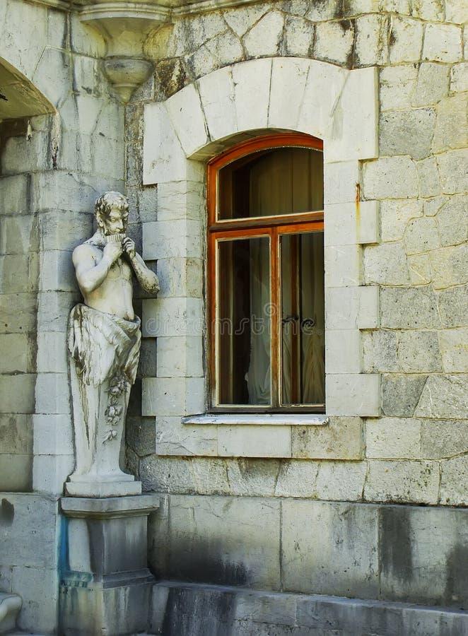 Statue del satiro, palazzo di Masandra, penisola della Crimea immagine stock libera da diritti