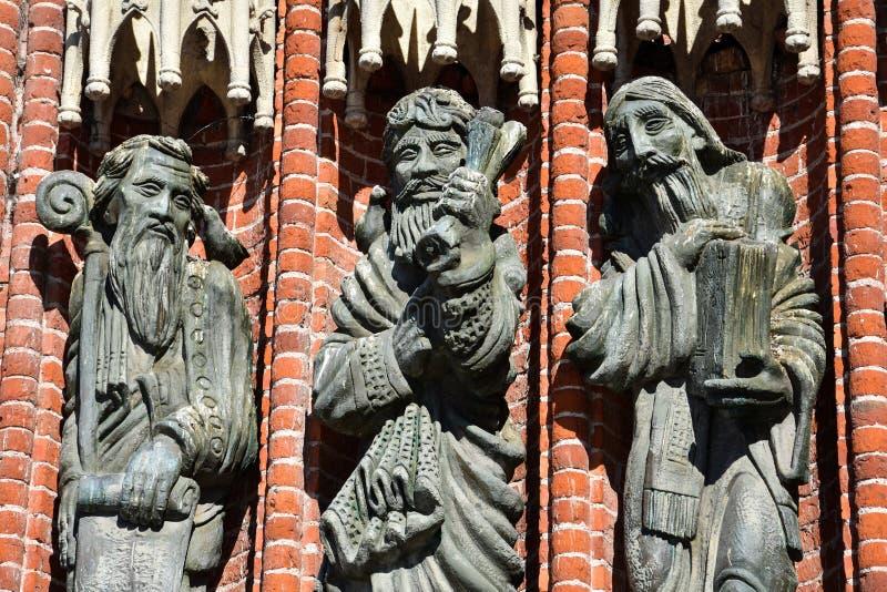 Statue della cattedrale di La Plata immagini stock libere da diritti