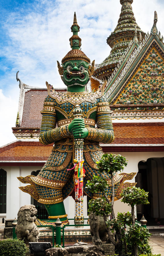 Download Statue Of Demon (Giant, Titan) At Wat Arun, Landmark And No. 1 Tourist Attractions In Thailand. Stock Photo - Image: 32373822