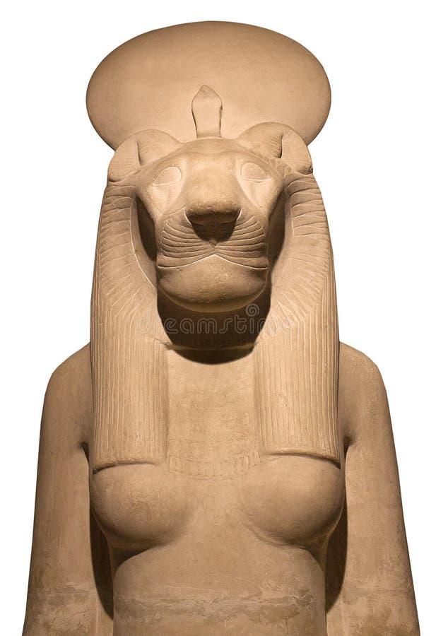 Statue der Göttin Bastet, Bast oder des Sakhmet mit Löwinkopf und -Sonnenscheibe stockbilder