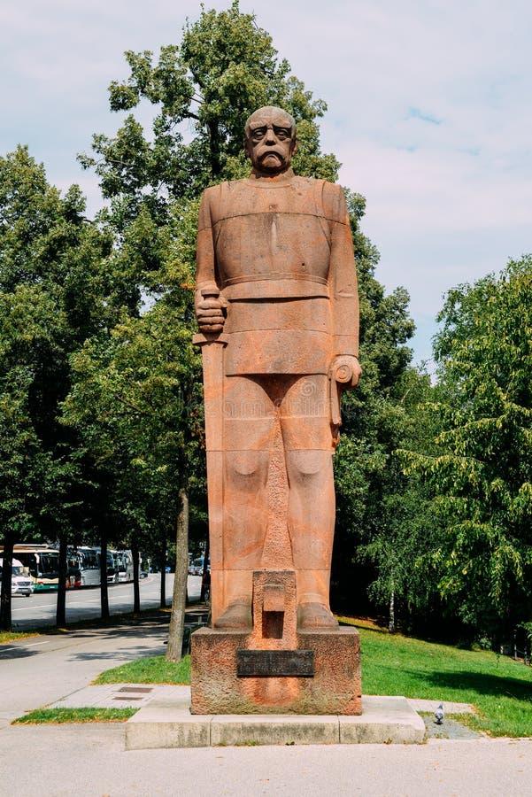 Statue des Altbundeskanzlers Prince Otto Furst Von Bismarck auf Erhardtstrasse-Straße Monument wurde im Jahre 1931 hergestellt stockfotos