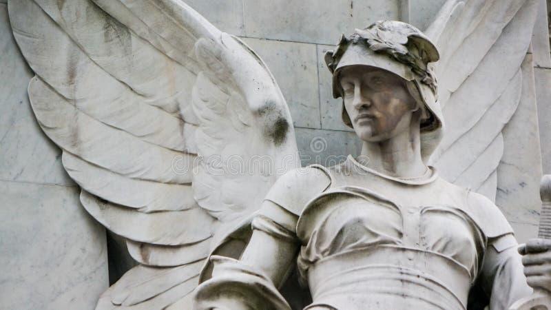 Statue des Steinengels stockfoto