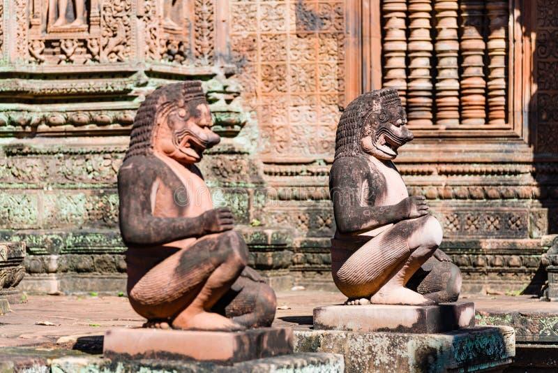 Statue di Buddha di Banteay Srei immagini stock