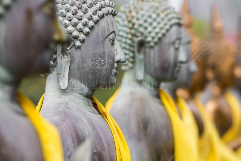 Statue di Buddha in Seema Malaka Temple, Colombo, Sri Lanka immagini stock libere da diritti