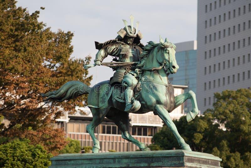 Statue du Kusunoki samouraï grand Masashige photographie stock libre de droits