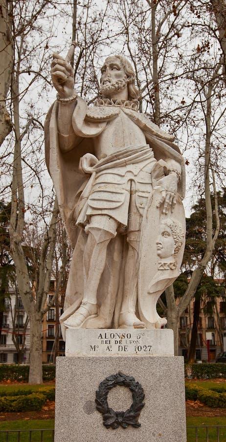 Statue du Roi Alfonso V (vers 1753).  Madrid, Espagne photographie stock