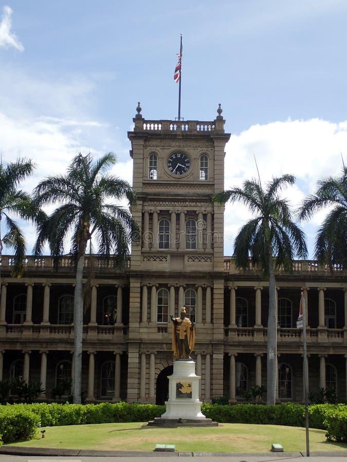 Statue du Roi Kamehameha à Honolulu du centre photographie stock