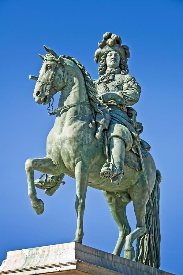 Statue du Sunking Louis 14 sur son cheval, Versailles photos libres de droits