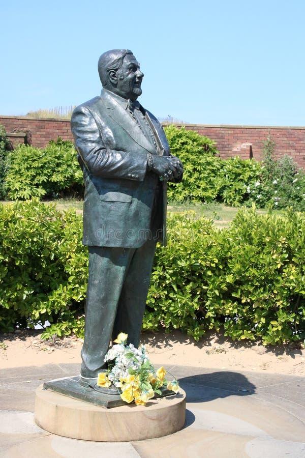 Statue en bronze de comédien Les Dawson dans St Annes photos libres de droits