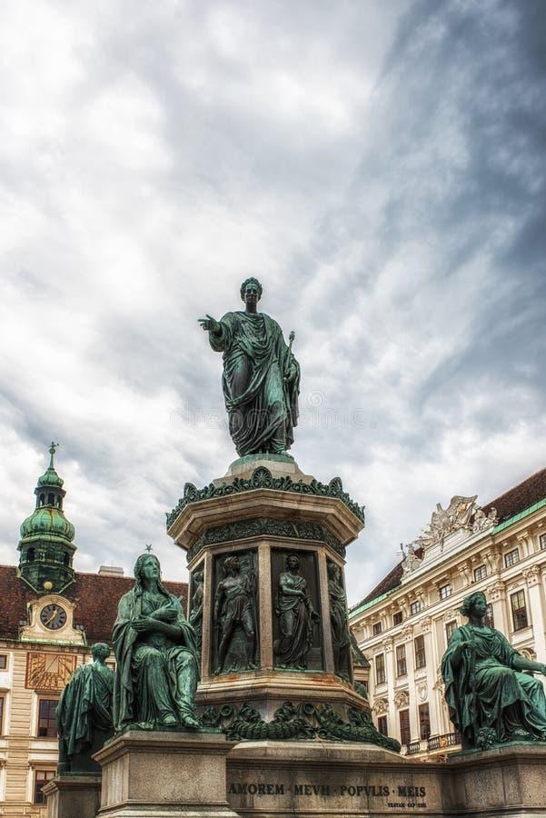 Statue en bronze de Francis que je me suis habillé en tant qu'empereur romain image libre de droits