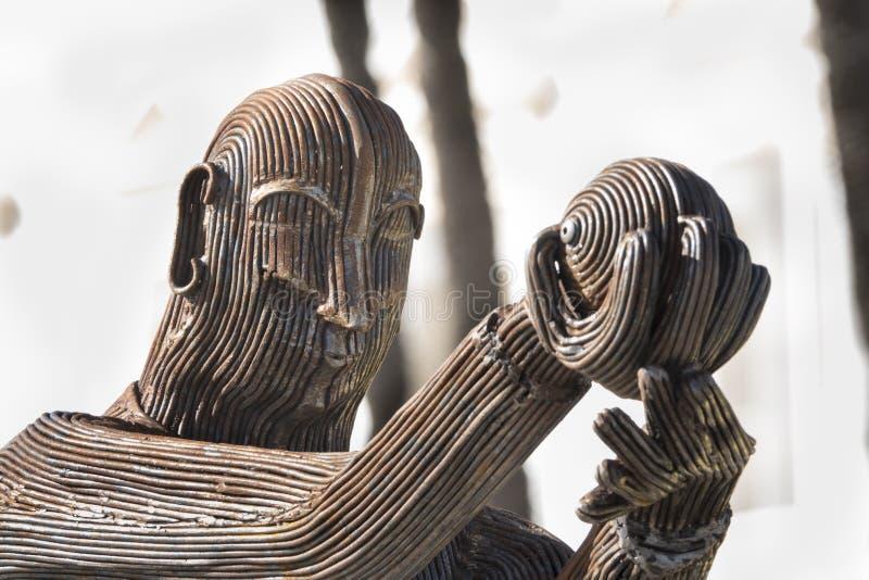 """Statue en bronze """"du joueur de roulement du Manillas photographie stock libre de droits"""