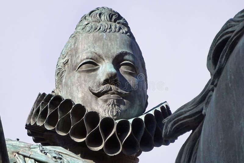 Statue en bronze du Roi Philip III au centre de la place de maire de plaza, Madrid, Espagne photo libre de droits