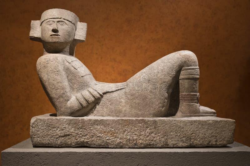 Statue en pierre mesoamerican précolombienne connue sous le nom de Chac-Mool photographie stock libre de droits