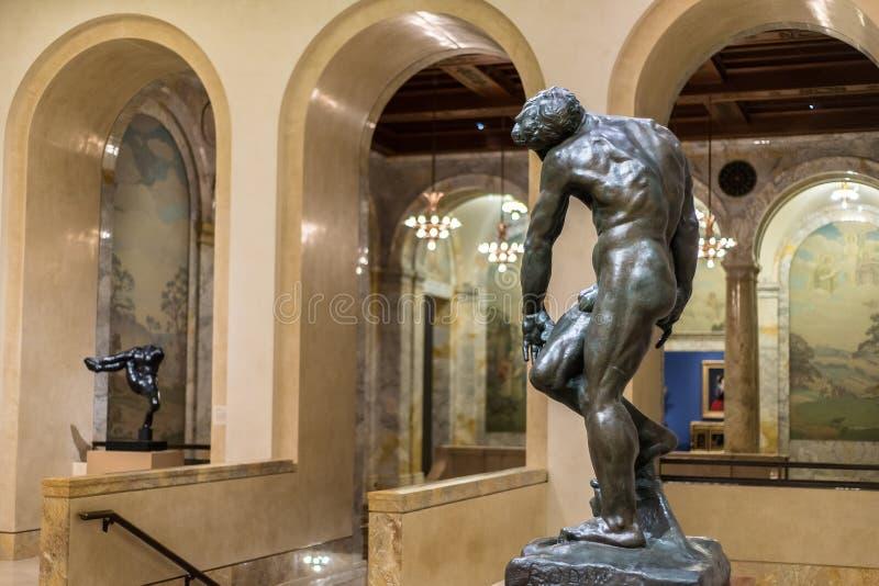 Statue faite de bronze/cuivre dans Nelson Art Gallery image libre de droits