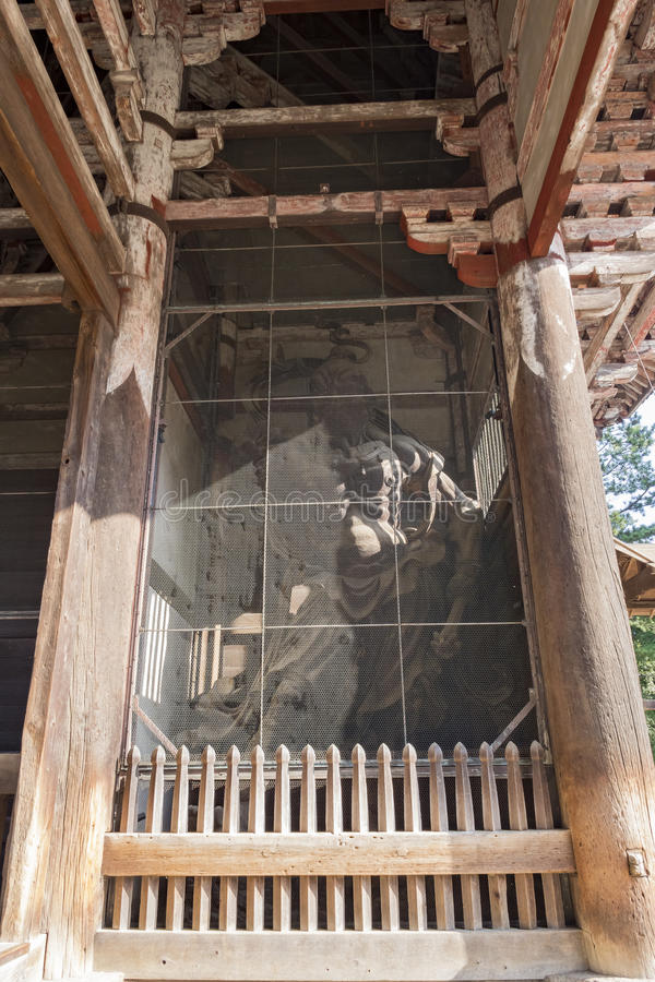 Download Statue In The Famous And Historical TodaiJi Of Nara Park Stock Image - Image: 83720577
