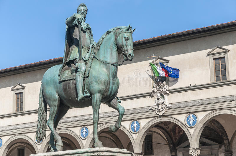 Download Statue Of Ferdinando I De Medici In Florence, Italy Stock Photo - Image of historical, florence: 39509218