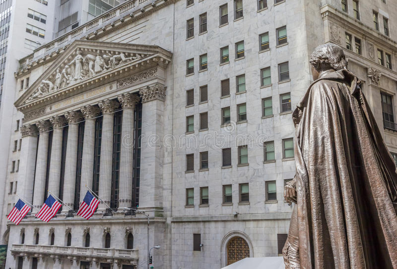 Statue of George Washington on wall street royalty free stock photos