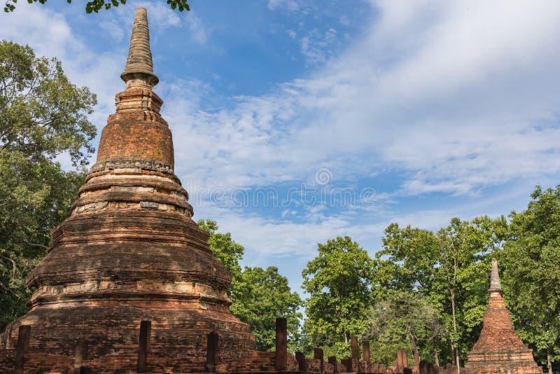 Download Statue In Historischem Park KamphaengPhet Stockfoto - Bild von thailand, buddha: 96932296