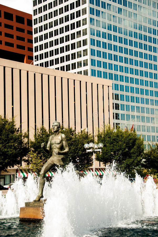 Free Statue In Front Of Courthouse In St Louis Royalty Free Stock Image - 42220816