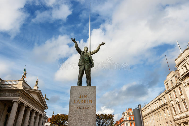 Download Statue Of Jim Larkin. Dublin, Ireland Stock Photo - Image: 27337376