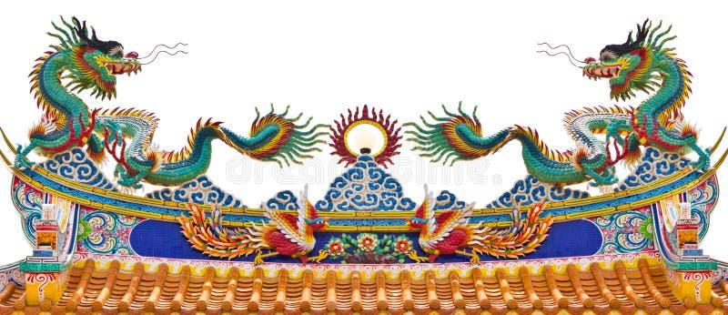 Statue jumelle des dragons sur le toit images libres de droits