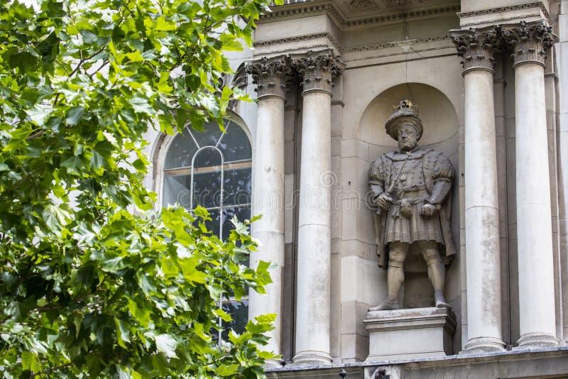 Statue König-Henry VIII in London stockbild