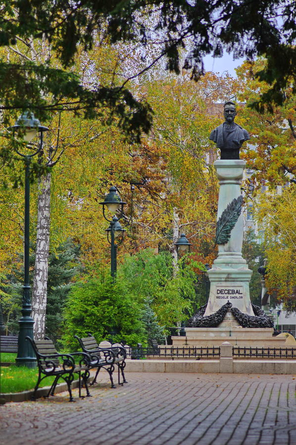 Statue of King Decebal royalty free stock photos