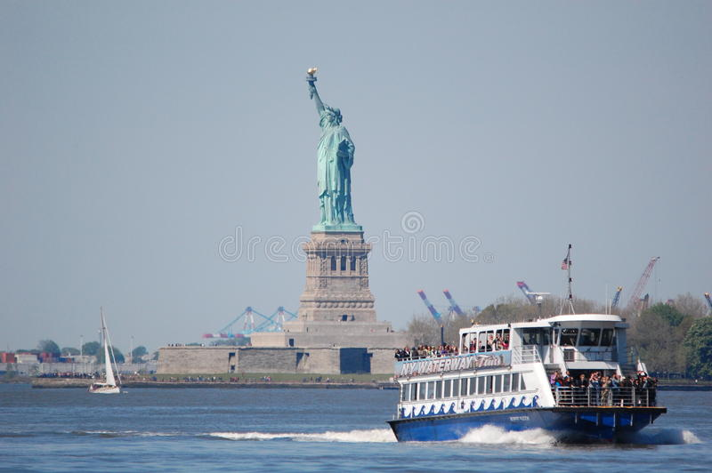 Download Statue Of Liberty, New York City Editorial Photography - Image of states, sights: 19431747