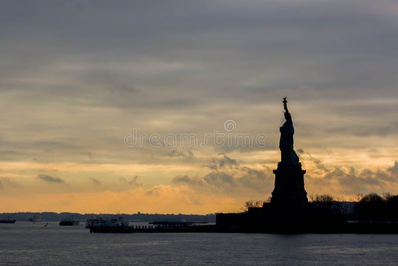 Statue Of Liberty Silhouette Free Public Domain Cc0 Image