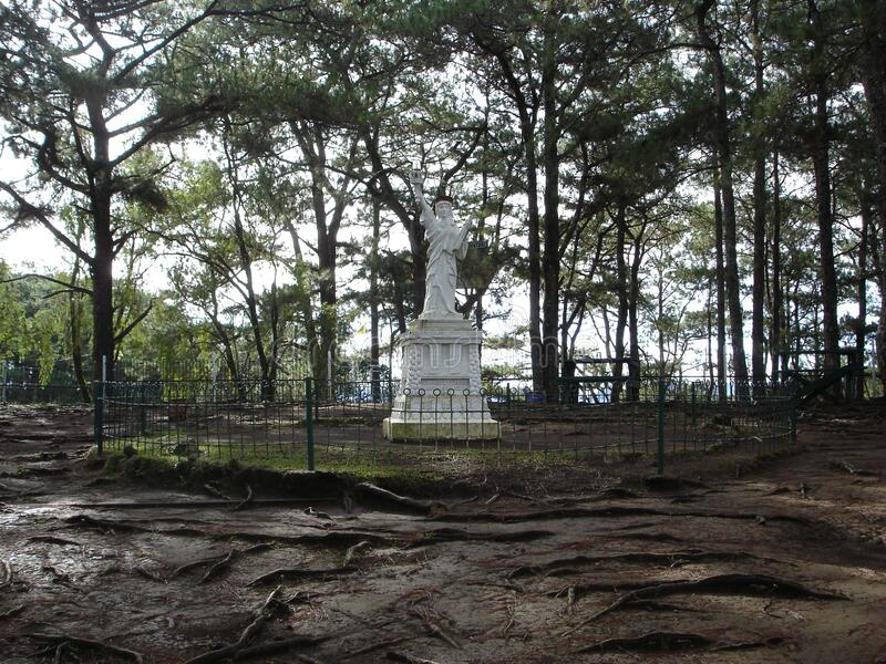 A statue of Libery replica in camp john hay Baguio city royalty free stock photography