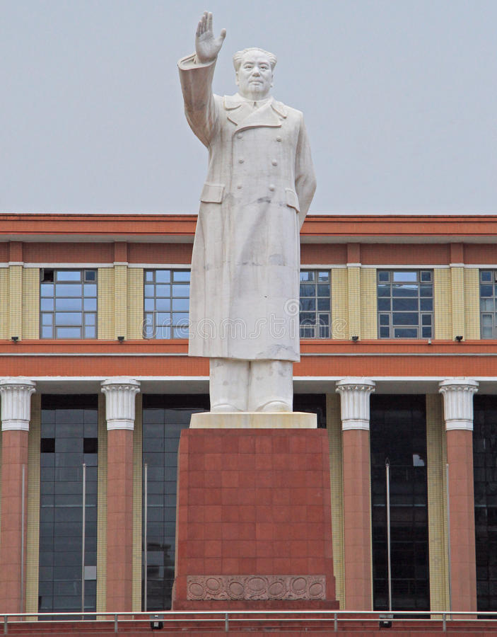 Statue of Mao Zedong on square in Chengdu, China. Chengdu, China - June 14, 2015: statue of Mao Zedong on square in Chengdu, China royalty free stock images