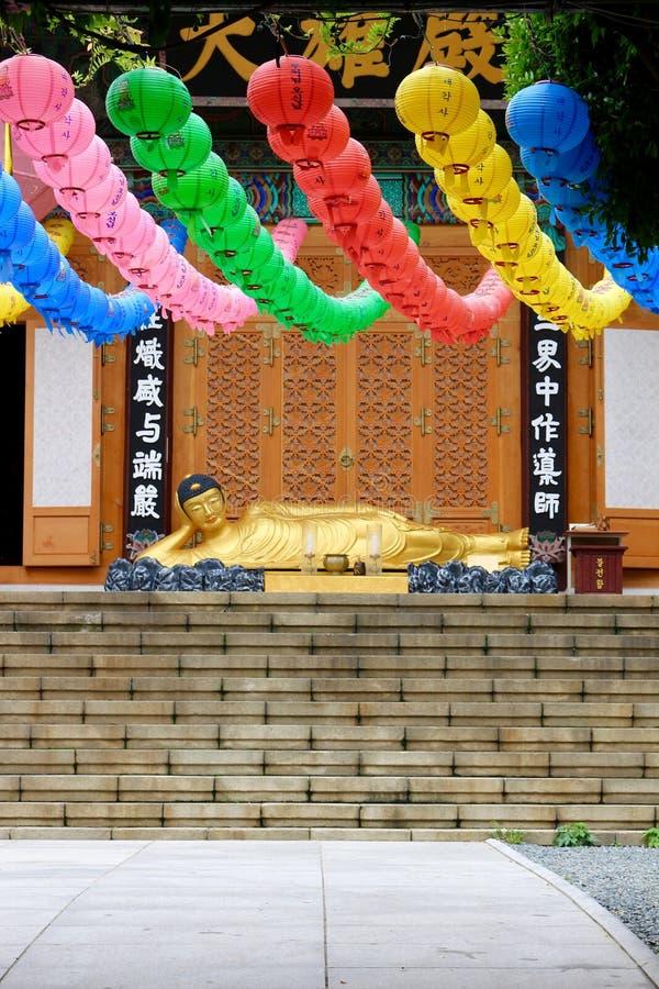 Statue menteuse de Bouddha images stock