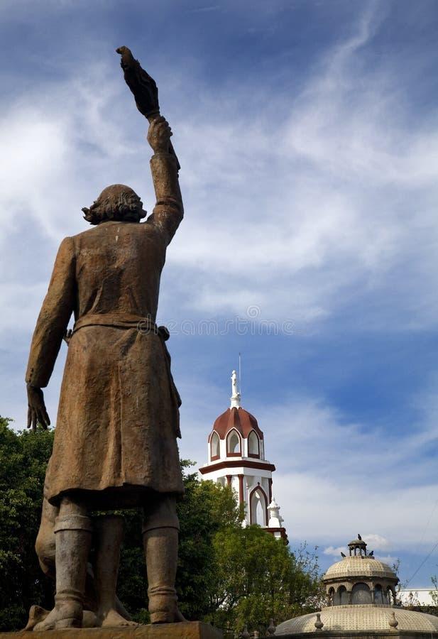 Statue-Miguelhidalgo-Held der mexikanischen Umdrehung stockfotografie