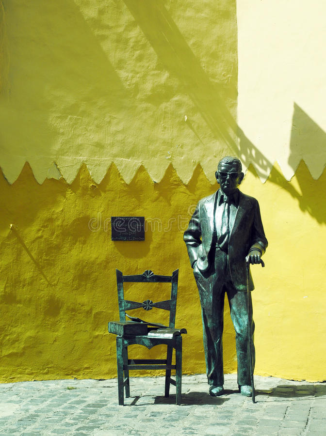 Statue Nestor Alamo in historic Vegueta, Grand Canary Island, S. Pain stock photos