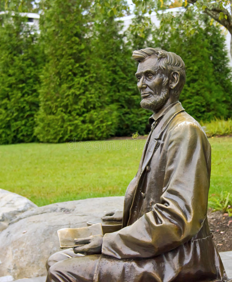 Free Statue Of Abraham Lincoln In Gettysburg Stock Photography - 27299362