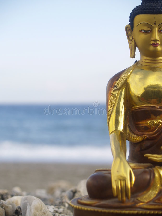 Free Statue Of Buddha Royalty Free Stock Images - 1056869