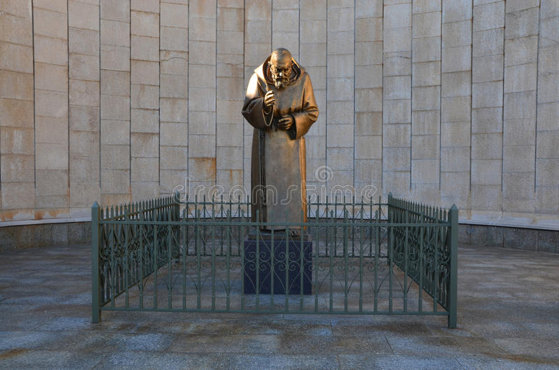 Download Statue Of Padre Pio Royalty Free Stock Image - Image: 37777636