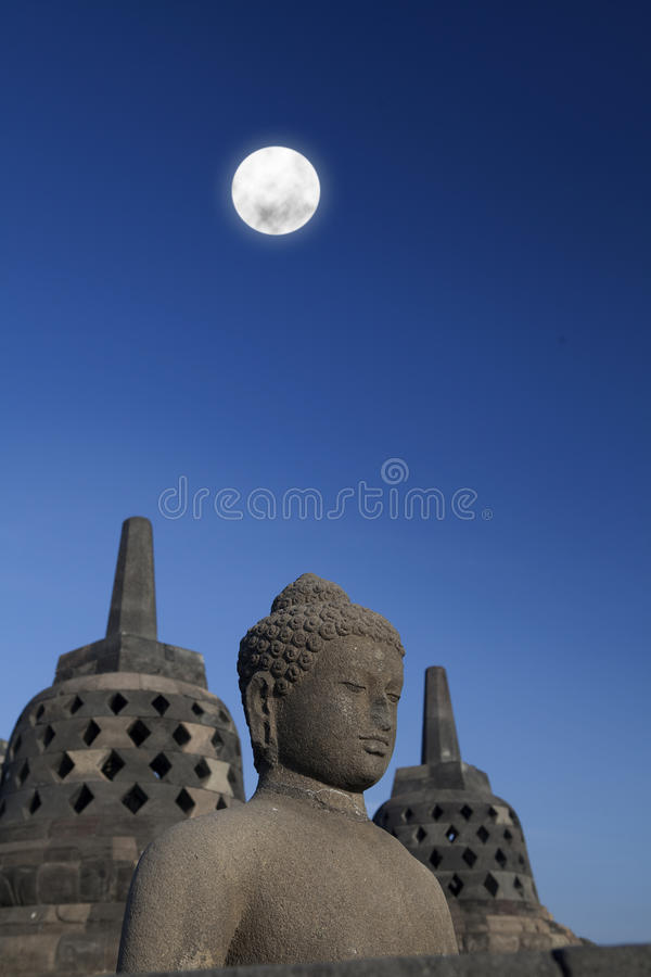 Download Statue And Stupa At Borobudur 1 Stock Image - Image: 26594681