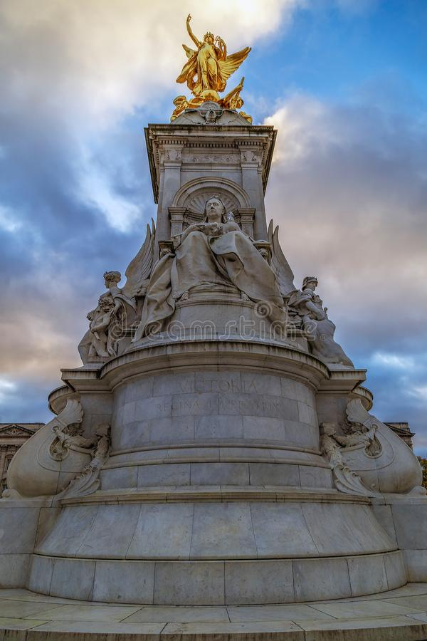 Statue sur Victoria Monument Memorial, Londres, R-U photo libre de droits