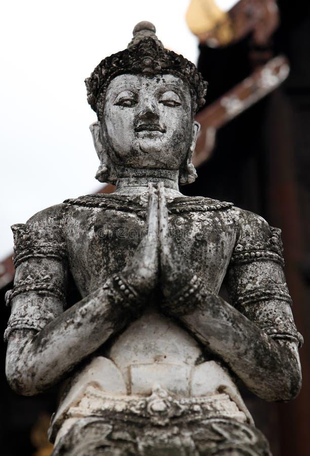 Statue thaïlandaise de Bouddha d'un temple de Chiang Mail, Thaïlande image libre de droits