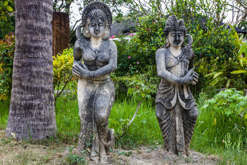 Download Statue Traditionnelle De Bali Photo stock - Image du histoire, concept: 56488126