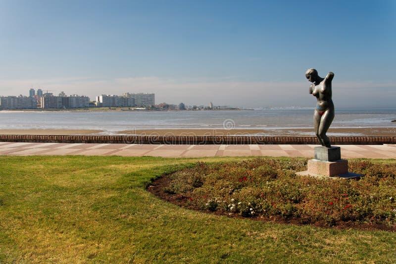 statue Uruguay de rivage de Montevideo photographie stock libre de droits