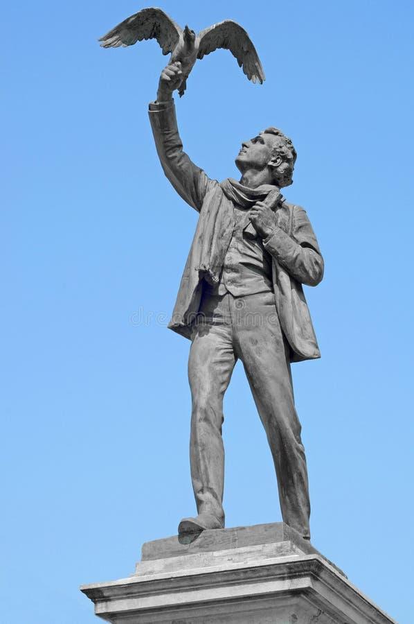 Statue von Albrecht Rodenbach lizenzfreie stockfotografie